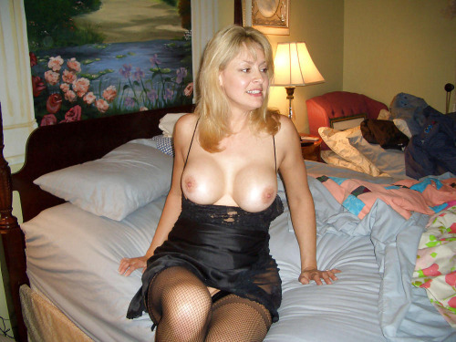 Bust Blonde Hotel Mature Wives